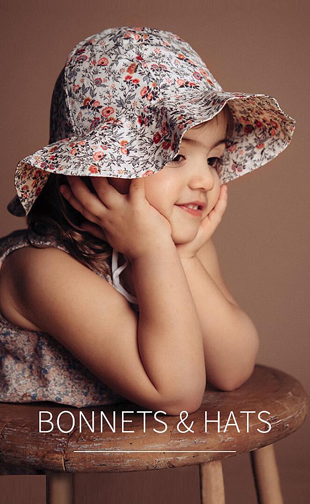 Bonnets & hats